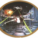 Star Wars Vehicles Collector Plate Red Five X-wing Fighter 1170D Hamilton Collection Sonia R Hillias