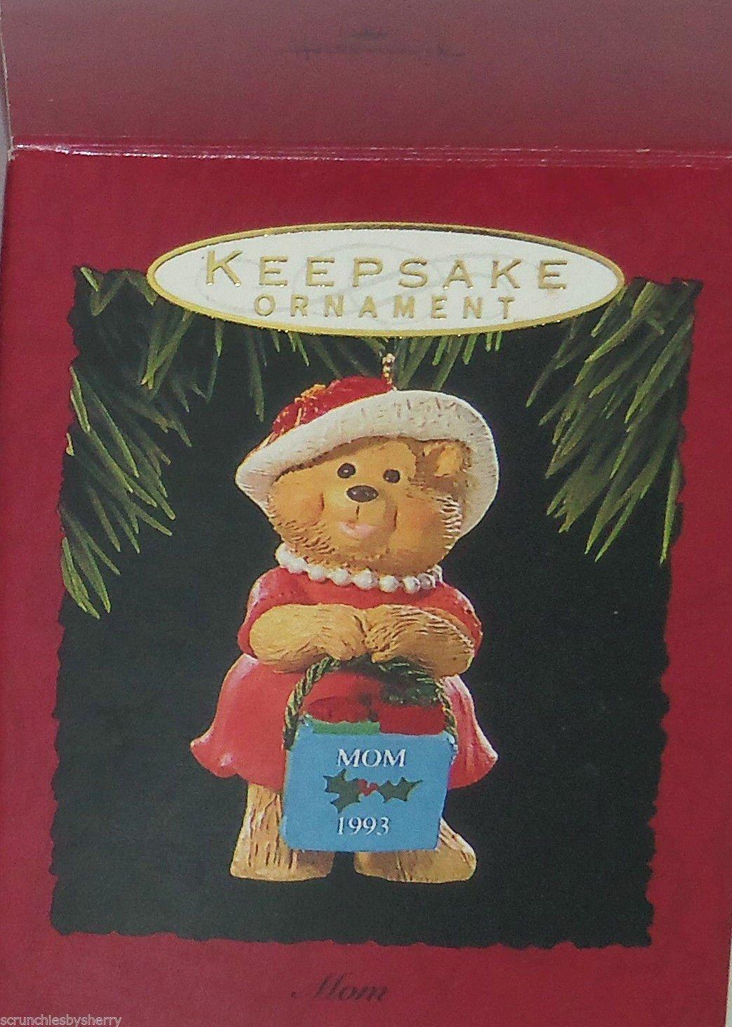 Hallmark Ornament Mom 1993 Christmas Holiday Teddy Bear