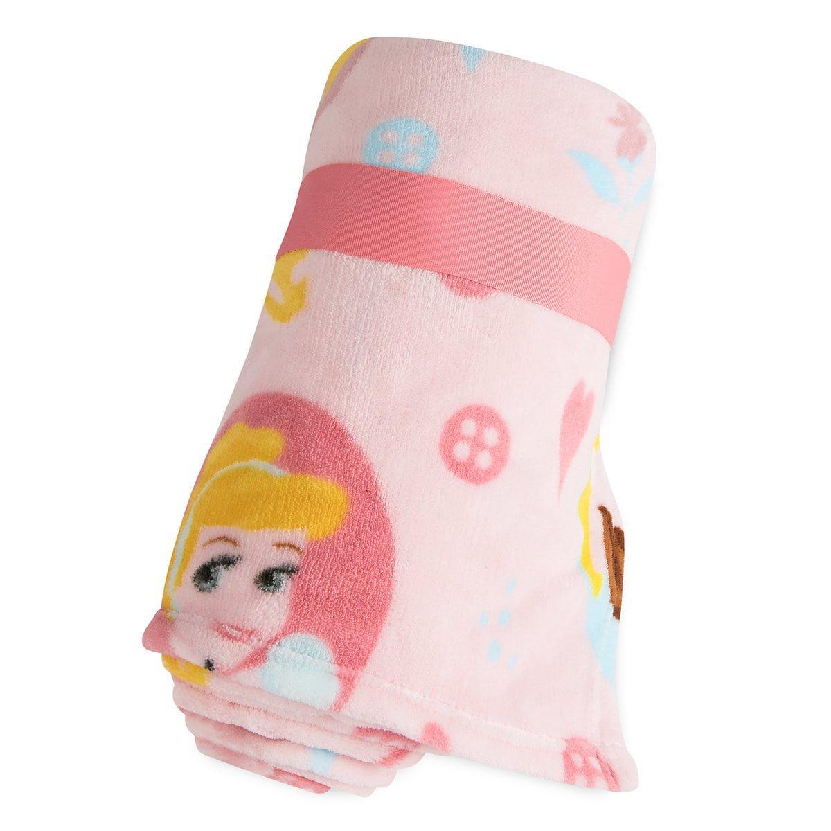 Disney Store Princess Belle Cinderella Sleeping Beauty  Pink Fleece Throw Blanket 2018