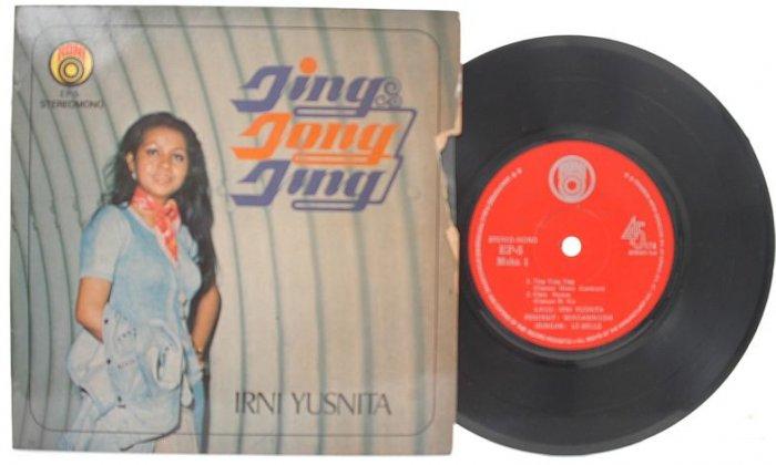 """Malay 70s Pop IRNI YUSNITA Jing Jong Jing 7"""" PS EP"""