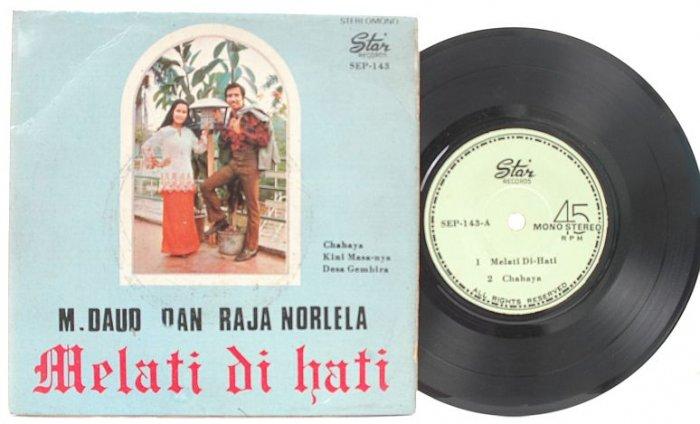 "Malay 70s Pop M DAUD & RAJA NORLELA Melati 7"" PS EP"