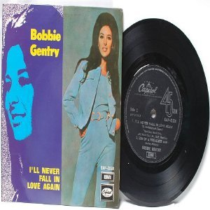"""BOBBIE GENTRY Never Fall In Love  MALAYSIA 7"""" 45 RPM PS EP"""