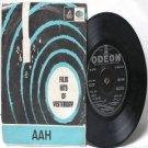"""BOLLYWOOD INDIAN  Aah SHANKAR JAIKISHAN Mukesh 7"""" 45 RPM EMI Angel EP 1963"""