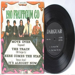 "1910 FRUITGUM CO. vs STEPPENWOLF Malaysia ASIA 7"" PS EP 45 RPM JEP 1016"