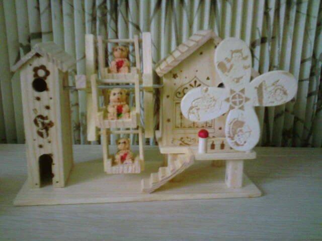 Bear Windmill FC002