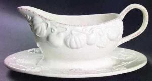 Mikasa Countryside Harvest Collection Gravy Boat with Stand