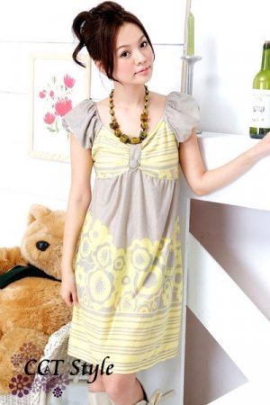 D6-Puff-cap sleeve printed dress
