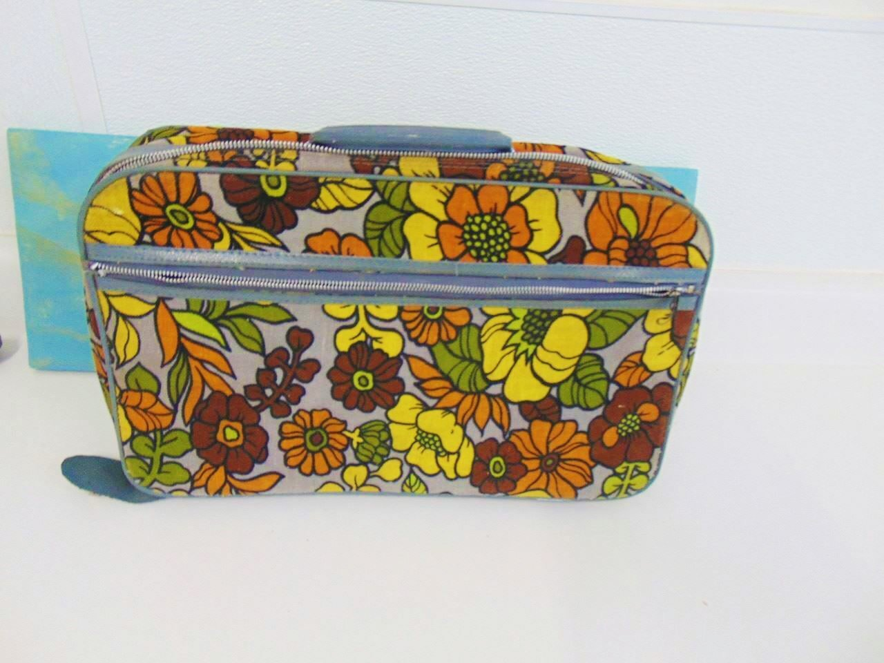 Vintage 1960's Mod Floral Luggage 2 Piece Set