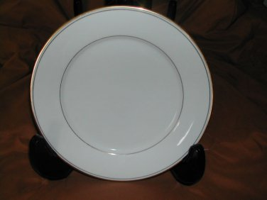 """Infinity by MUIRFIELD CHINA Dinner Plate 10-1/2"""" Gold Trim & Bands Excellent"""