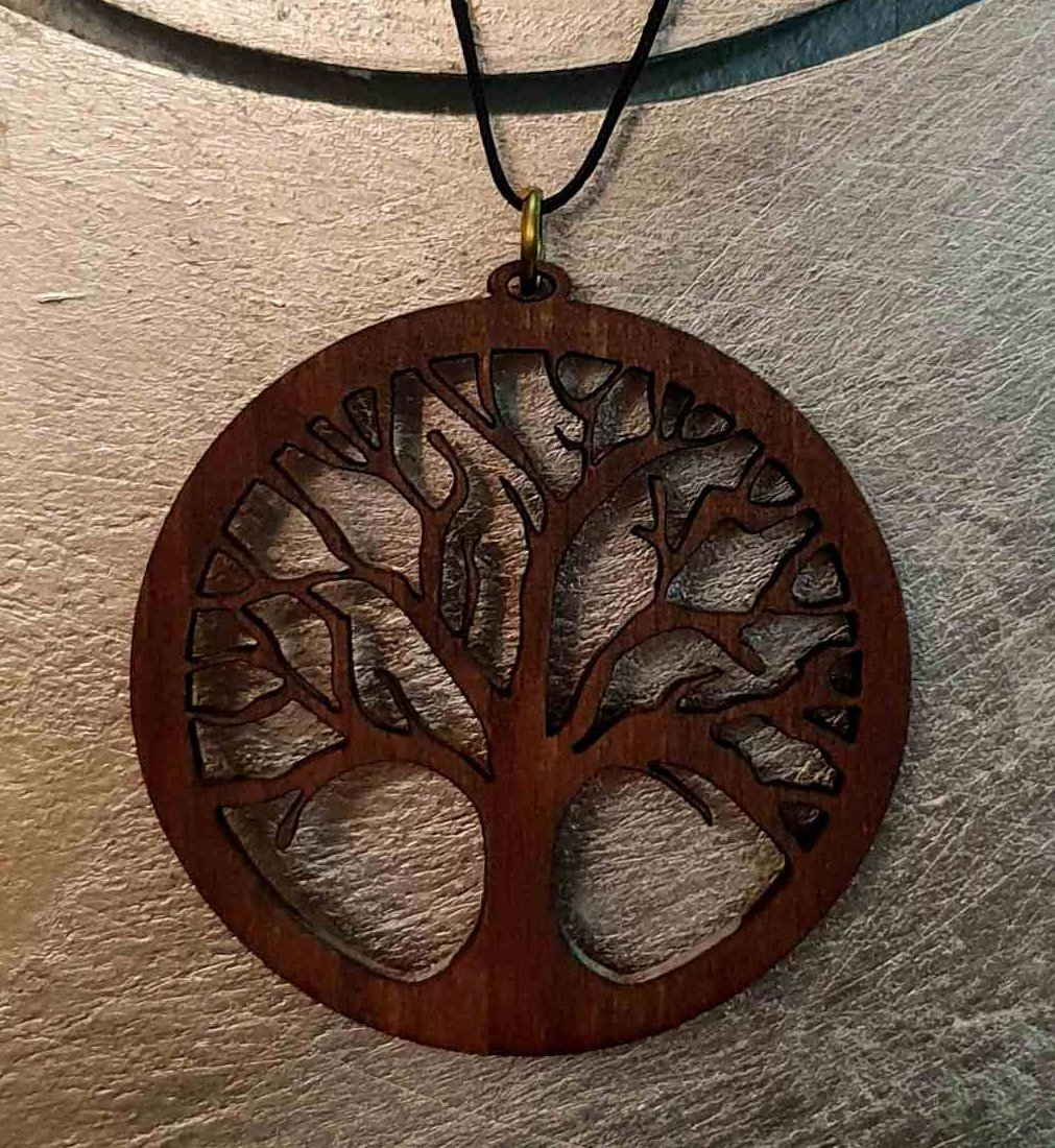 1pc/lot wooden pendant with leather strap (diam: 65mm)