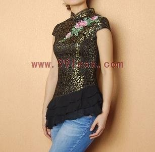 Aristocratic Women's Rose Embroidered Chinese Shirt with Ruffle