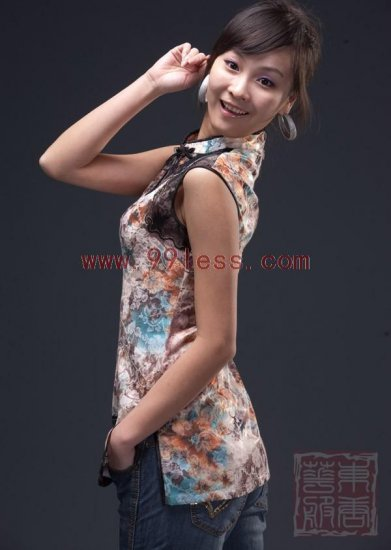 Sexy Lace Trim Sleeveless Chinese Shirt Patterned with Blooming Flower