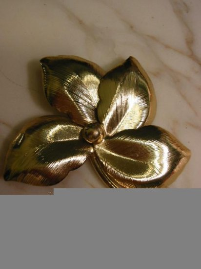 Lucky ~  Four Leaf Detailed gold tone vintage Pin Brooch