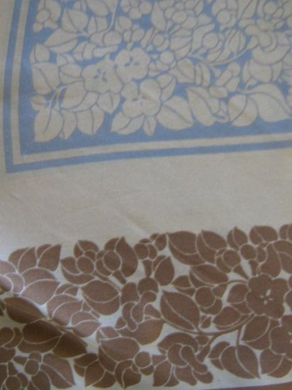 Rare Ann Fogarty beautiful Vintage floral Scarf
