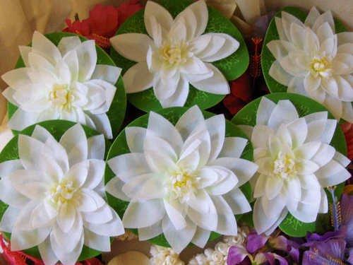 SILK FLOATING FLOWERS LILY PAD WHITE Wedding BRIDAL