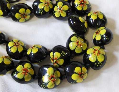Hawaiian necklace kukui nut beaded hula luau ethnic