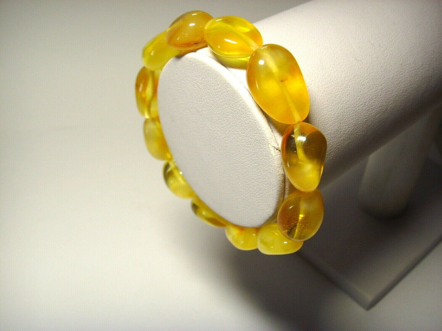 Amber bracelet Genuine Baltic Amber bracelet Ladies yellow beads  11.10gr.A-708