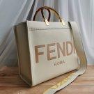 FENDI LUXE LADIES 'BAG NATURAL LEATHER Size 37 × 33 cm beige color (107223)