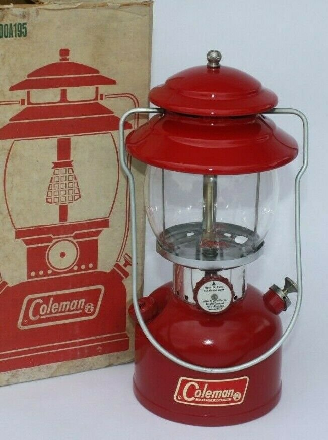 COLEMAN 200A SUNSHINE OF THE NIGHT LANTERN 200A195 WITH BOX 1970