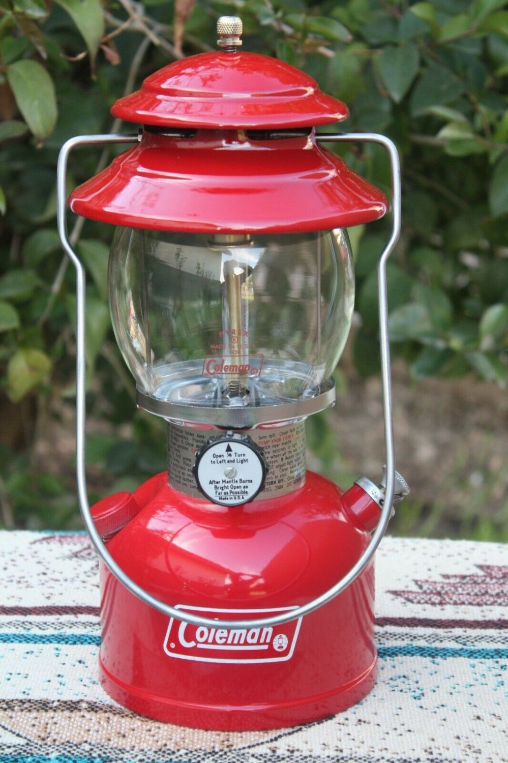 COLEMAN 200A RED LANTERN 1976 VERY NICE