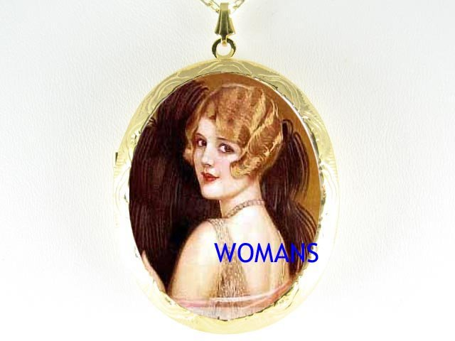 ART DECO  FLAPPER LADY WITH FAN CAMEO PORCELAIN LOCKET