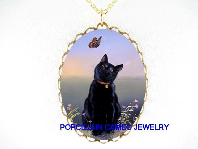 BLACK CAT PLAYING BUTTERFLY CAMEO PORCELAIN NECKLACE
