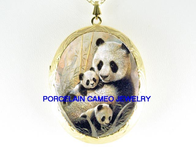 PANDA MOM CUDDLING 2 BABY CUB PORCELAINCAMEO LOCKET NK
