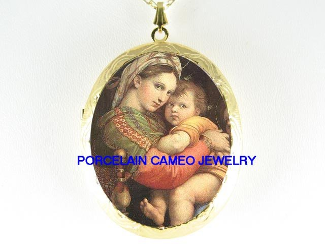 VIRGIN MARY HOLD BABY JESUS CAMEO PORCELAIN LOCKET NK