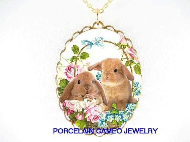 2 RABBIT BUNNY WITH ROSE FORGET ME NOT CAMEO NECKLACE