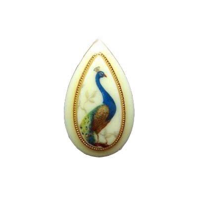 VINTAGE 60'S PEACOCK BIRD TEARDROP CAMEO ADJ RING 5-9