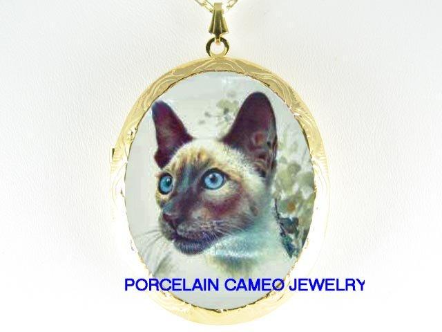 BLUE EYES SIAMESE CAT CAMEO PORCELAIN LOCKET NECKLACE