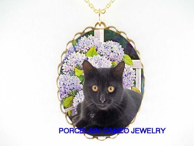 BLACK CAT PURPLE HYDRANGEA CAMEO PORCELAIN NECKLACE