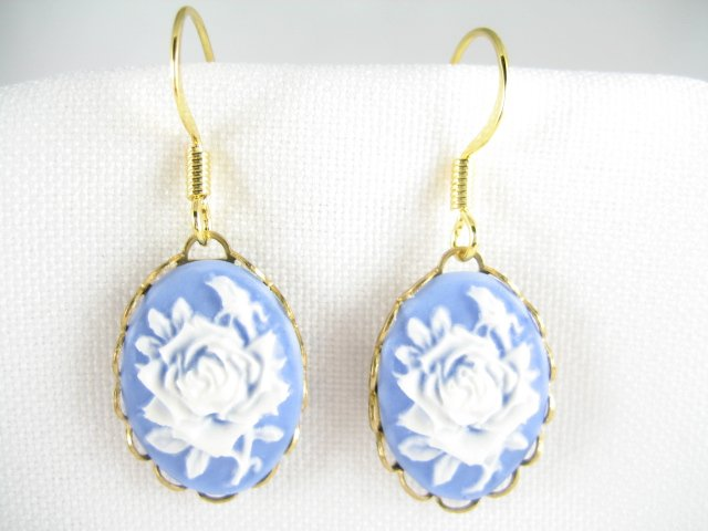 VINTAGE VICTORIAN BLUE ROSE 3D CAMEO DANGLE EARRINGS