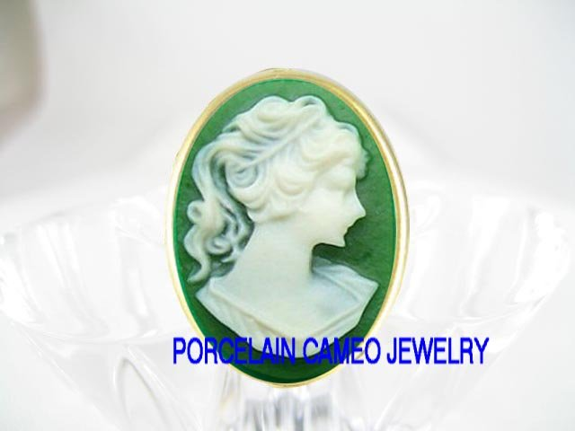 VICTORIAN IRISH GREEN PONYTAIL LADY VINTAGE CAMEO ADJ RING 5-9