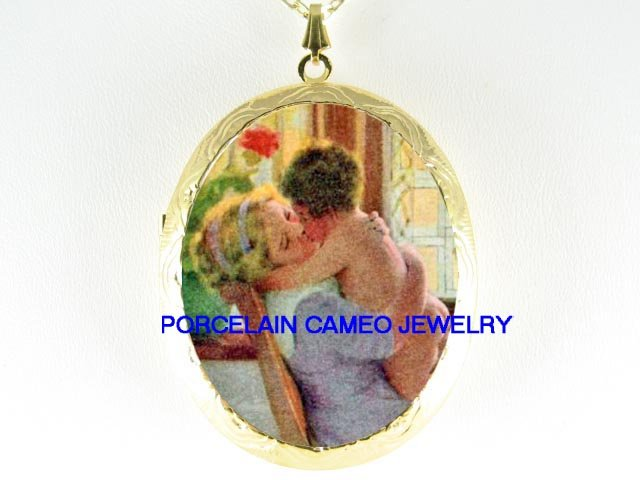 MOTHER KISS BABY CHILD PORCELAIN CAMEO LOCKET NECKLACE