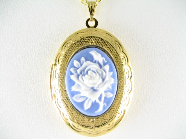 VICTORIAN BLUE ROSE 3D VINTAGE CAMEO SMALL LOCKET NECKLACE