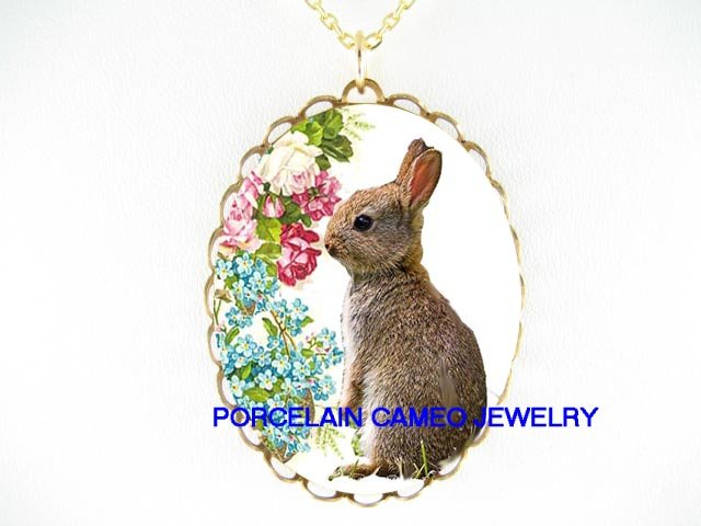 RABBIT BUNNY VICTORIAN ROSE FORGET ME NOT PORCELAIN CAMEO NECKLACE