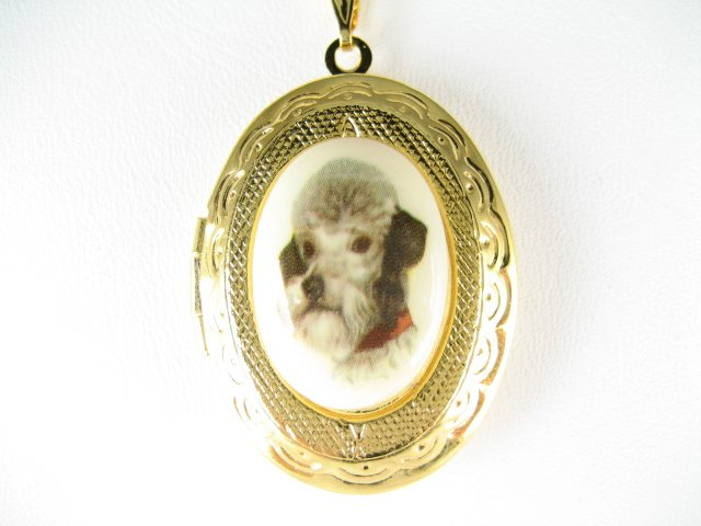 VINTAGE POODLE  DOG CAMEO PORCELAIN LOCKET NECKLACE