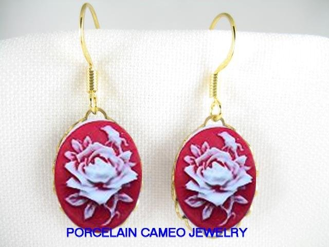 VICTORIAN OPEN RED WHITE ROSE*VINTAGE CAMEO EARRING