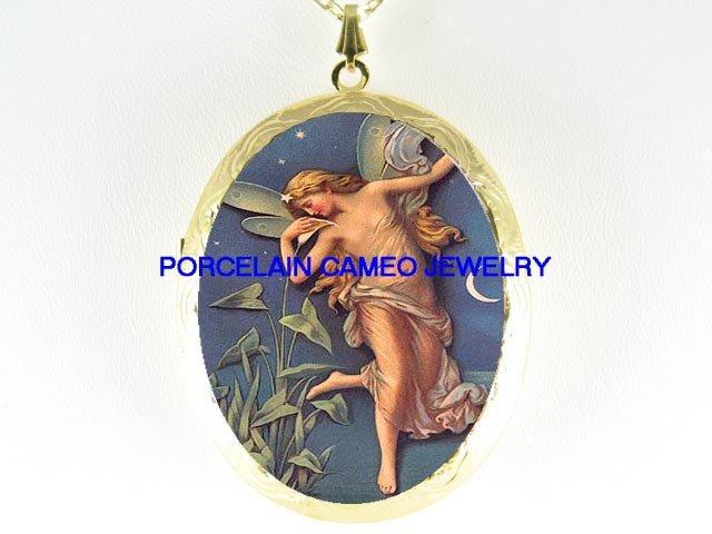 VICTORIAN CALLA LILY FAIRY MOON PORCELAIN CAMEO LOCKET