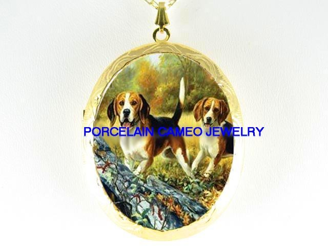 2 BEAGLE  DOG COUNTRY OUTDOOR *  CAMEO PORCELAIN LOCKET NECKLACE