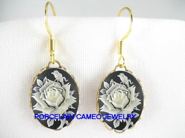 3D BALCK WHITE VICTORIAN ENGLISH ROSE VINTAGE CAMEO EARRINGS