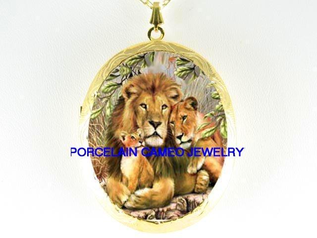 LION LIONESS CUB FAMILY CAMEO PORCELAIN LOCKET NECKLACE
