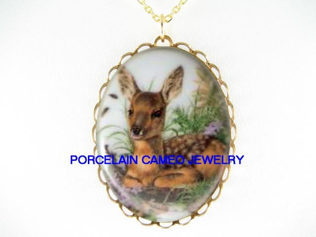 *BABY DEER FAWN IN THE FIELD  * CAMEO PORCELAIN NECKLACE