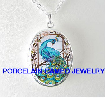 BLUE PEACOCK BIRD DOGWOOD CAMEO PORCELAIN SMALL LOCKET