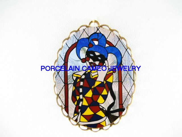 SMILING JESTER CLOWN CAMEO PORCELAIN PENDANT PIN BROOCH