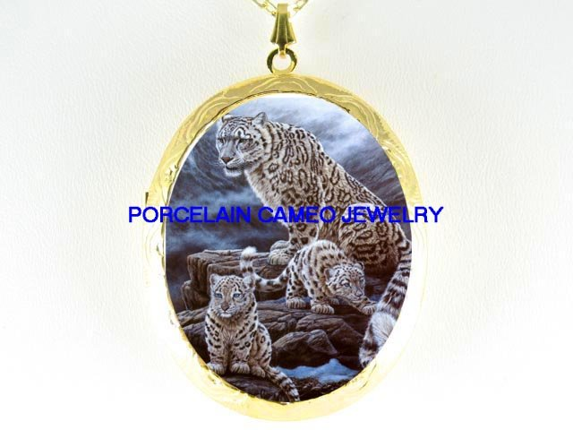 SNOW LEOPARD MOM 2 BABY CUB*  CAMEO PORCELAIN LOCKET NECKLACE