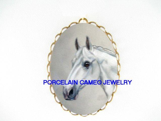 WHITE STALLION HORSE  CAMEO PORCELAIN PENDANT/PIN BROOCH