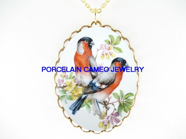 2 ROBIN BIRD DOGWOOD *CAMEO PORCELAIN NECKLACE