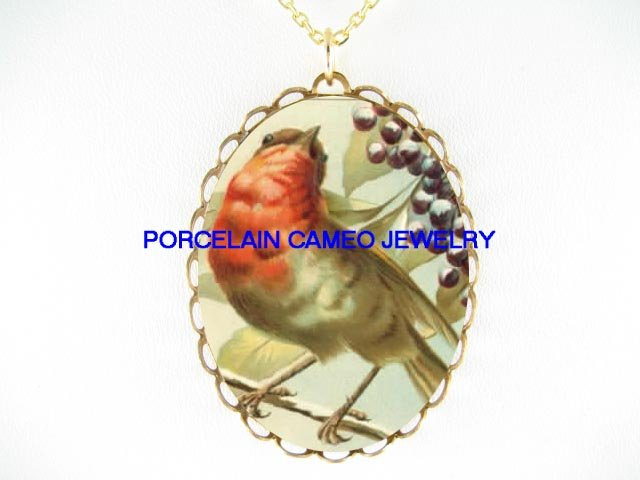 ROBIN BIRD WITH BERRY CAMEO PORCELAIN PENDANT NECKLACE